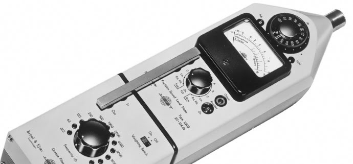Type 2203, the world's first hand-held and transistorized sound level meter