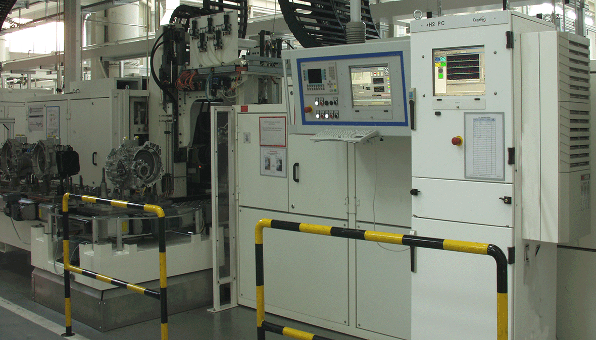 Automatically operated test benches for the test of DDCT transmissions