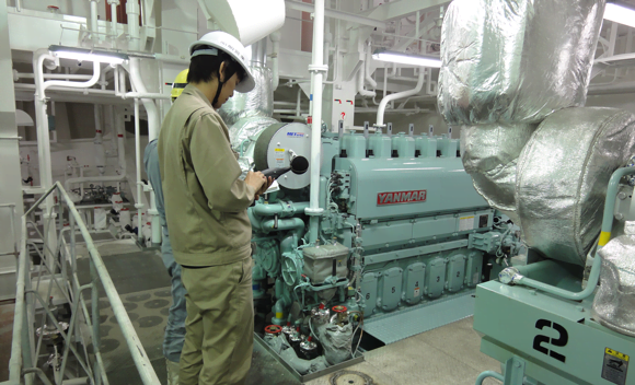Measuring the noise level of a diesel generator set