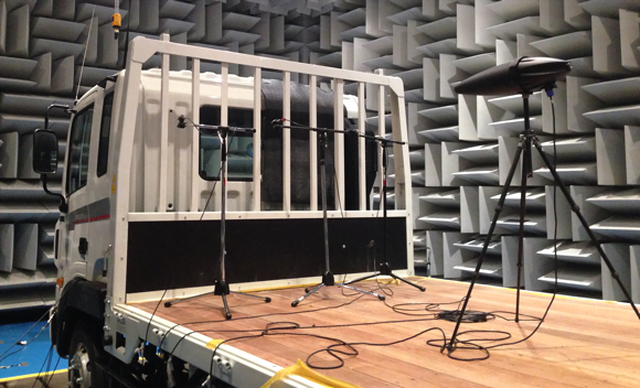 Structural hemi-anechoic chamber