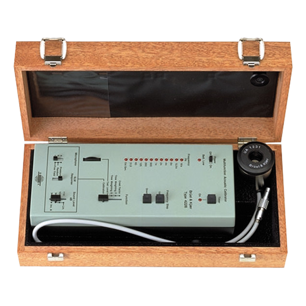 Acoustic calibrator Type 4226